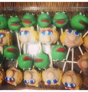 Kermit & Ms. Piggy